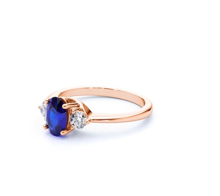 Paragon Blue Sapphire Ring Rose